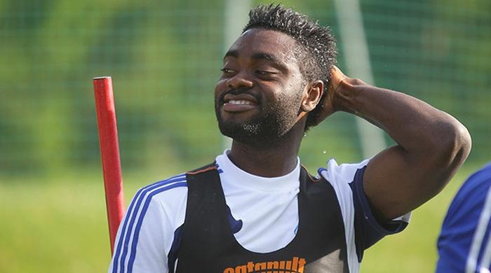 Аруна создает в Нигерии футбольную академию