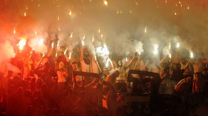 """Сербські фанати влаштували безлади на матчі """"Чорноморець"""" - """"Црвена Звезда"""" (+ відео)"""