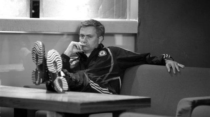 """Жозе Моуринью: """"За победу в премьер-лиге будут бороться шесть клубов"""""""