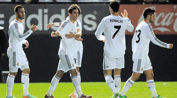 Клубы АПЛ заплатили за свои нынешние составы почти 3 миллиарда евро