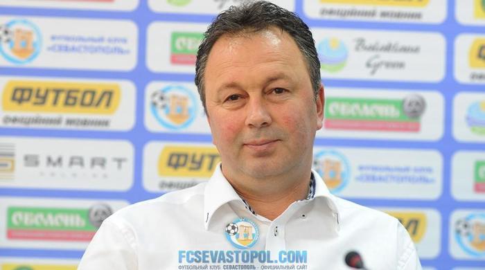 """Ангел Червенков: """"Нічого не знаю про відставку"""""""