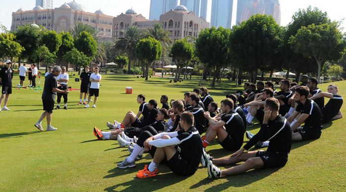 """""""Шахтер"""" в ОАЭ: Лига Европы и водные процедуры"""