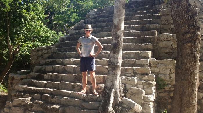 Александр Иващенко: конец света в центре цивилизации майя