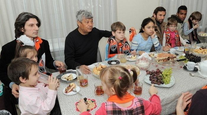 """""""Шахтер"""" готов купить второй дом для детей-сирот (Фото)"""