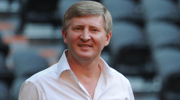 """Как президент """"Шахтера"""" пенальти пробивал (Фото)"""