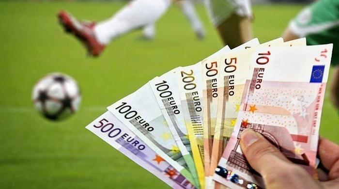 В прошлом сезоне клубы АПЛ заплатили агентам 77 миллионов фунтов