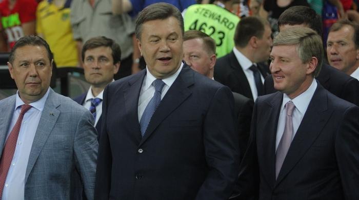 Віктор Янукович привітав національну збірну України з перемогою у Чорногорії