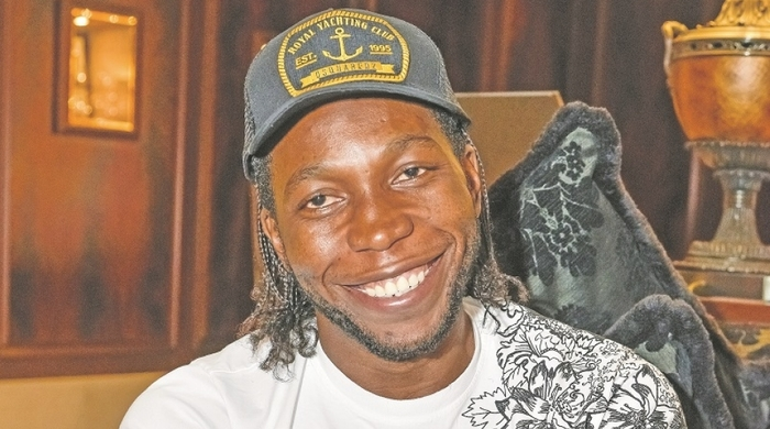 "Дьемерси Мбокани: ""Браун - мой африканский брат"""