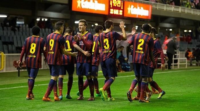 """Юношеская лига УЕФА. """"Барселона"""" - """"Арсенал"""" 4:2. Хави аплодирует великолепному Траоре"""