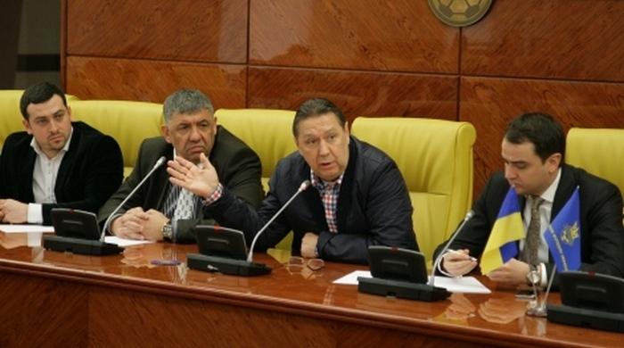 Ультрас виступили з ініціативою переносу домашніх матчів кримських клубів