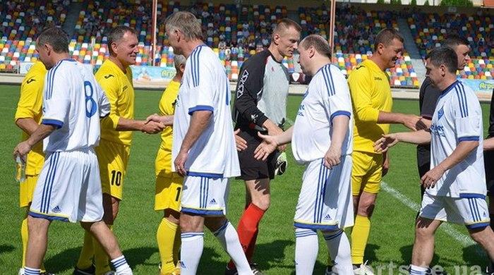 """Тернопільська """"Нива"""" та київське """"Динамо"""" знову зіграли на стадіоні Тернополя"""