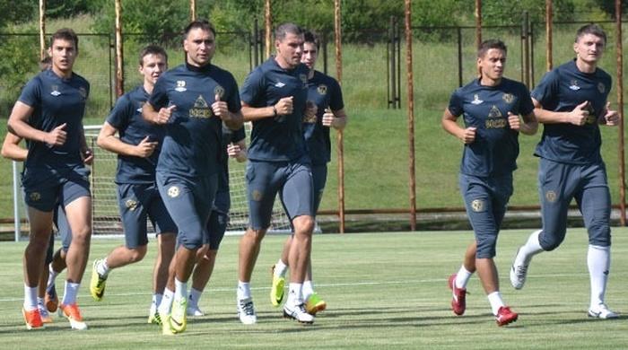 """Футболисты донецкого """"Металлурга"""" приступили к тренировкам"""
