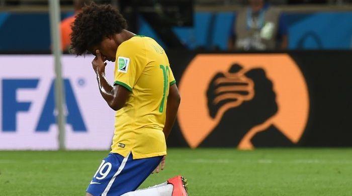 """От """"Мараканасо""""-1950 до """"Минейрасо""""-2014. Все унижения сборной Бразилии (+видео)"""