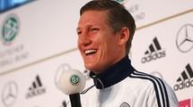 "Маттиас Заммер: ""Швайнштайгер - настоящий лидер сборной Германии"""