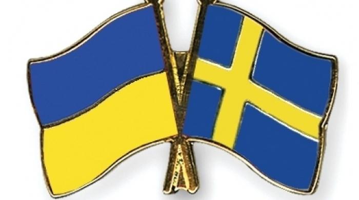 Шведские болельщики игнорируют русских