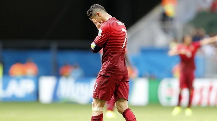 Роналду может не сыграть с Данией
