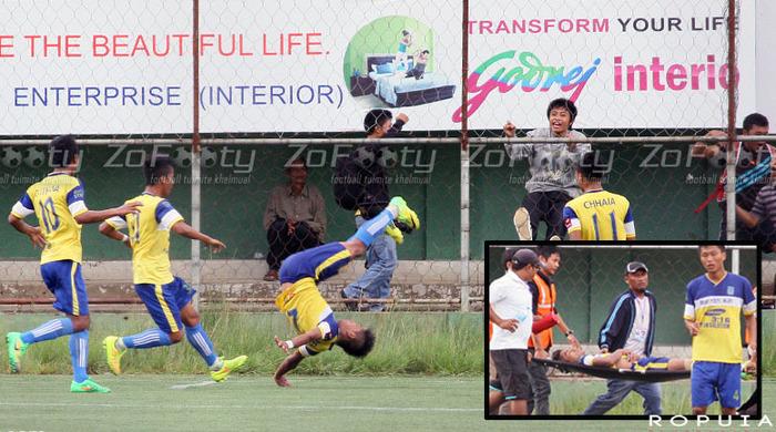 Индийский футболист получил смертельную травму, празднуя гол (Видео)