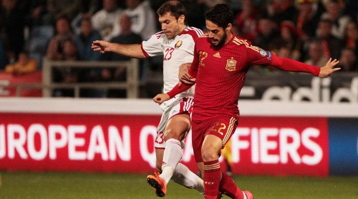 Квалификация Евро-2016. Группа С. Испания и Словакия уверенно побеждают