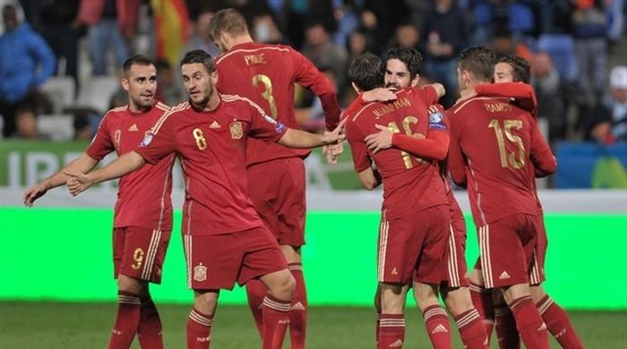 Беларус испания футбол