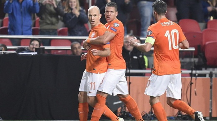 Квалификация Евро-2016. Группа А. Нидерланды постояли за Хиддинка
