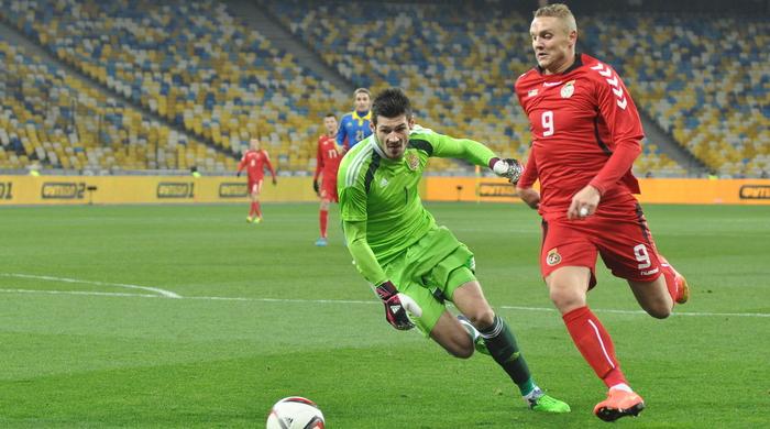 Украина - Литва 0:0. Только чай, только дома