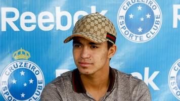 Экс-динамовец Дуду стал лучшим игроком чемпионата Бразилии