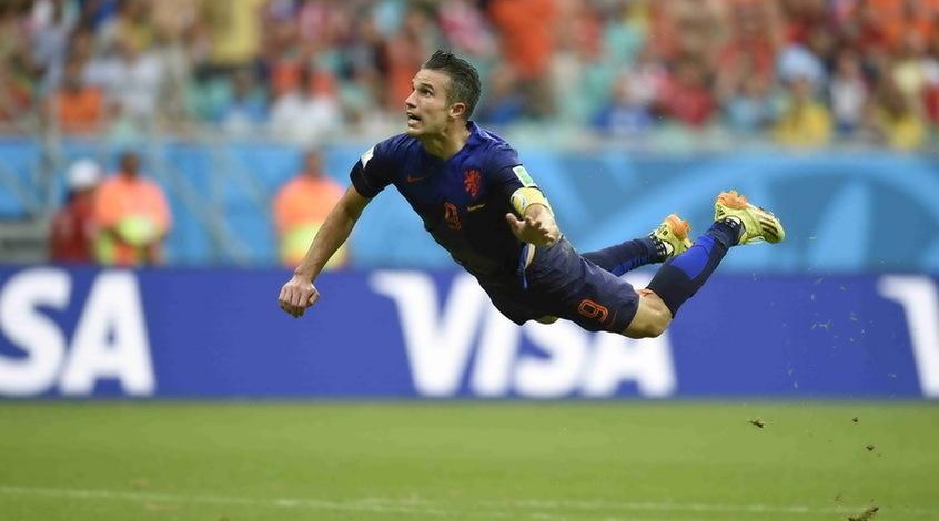 Робин Ван Перси завершил карьеру в сборной Голландии