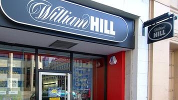 William Hill обвиняют в незаконном букмекерстве