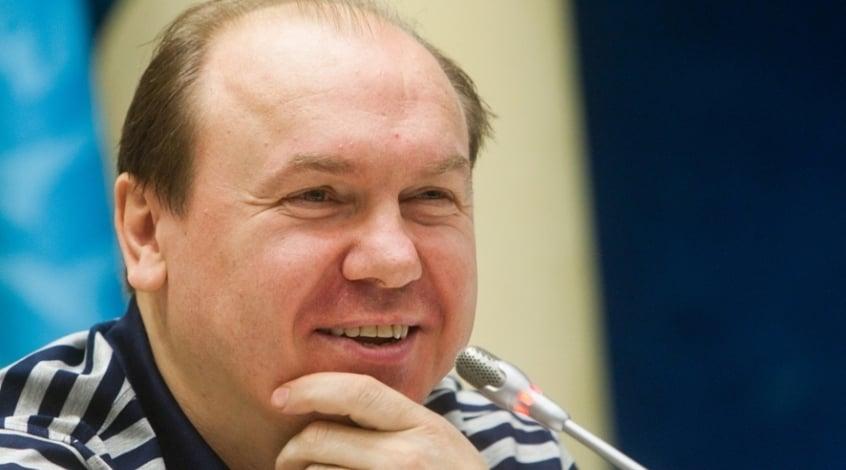 "Виктор Леоненко: ""Безус ""тормозит"" игру ""Днепра"""