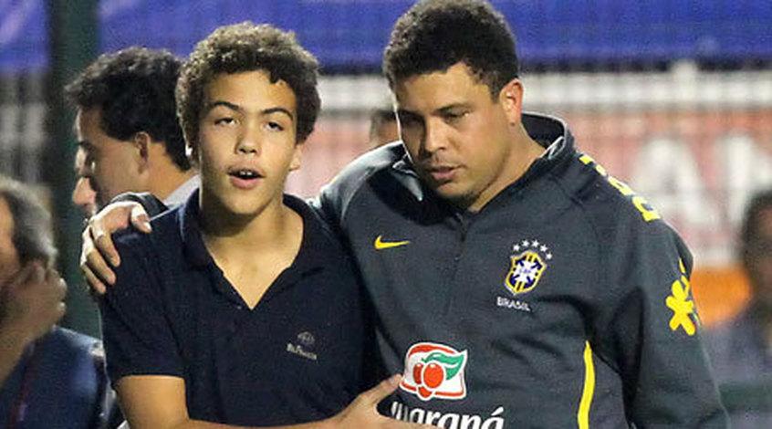 Несовершеннолетний сын Роналдо соблазнил воспитательницу (фото)