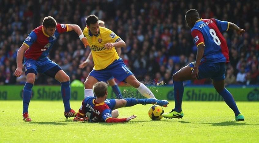 """The Telegraph: Месут Озиль стал самым высокооплачиваемым игроком в истории """"Арсенала"""""""