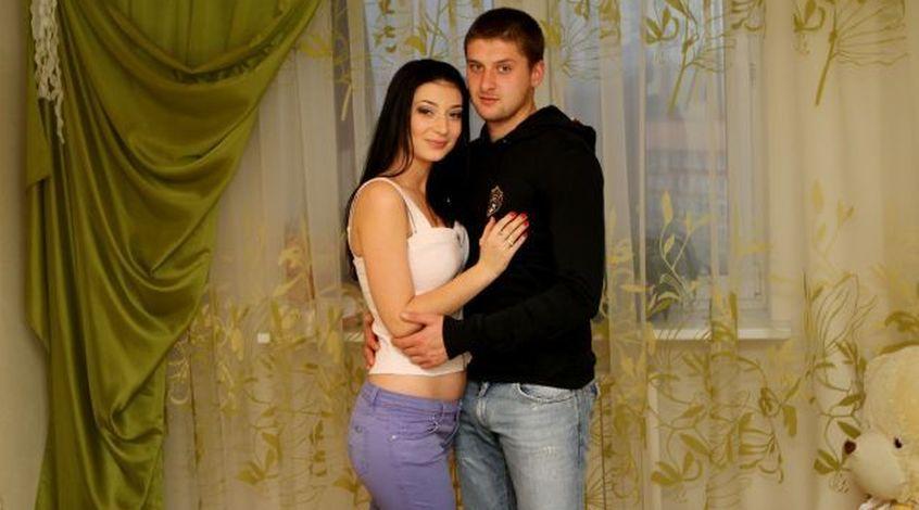 Жена Ракицкого посвятила песню Донецку (Видео)