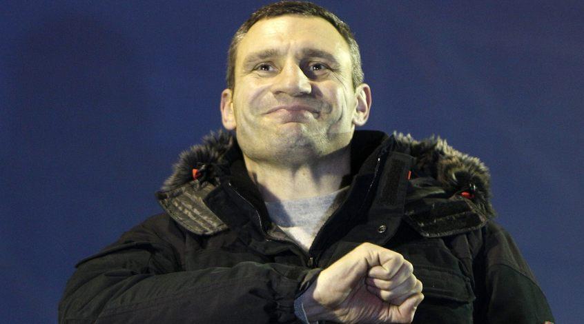 """Виталий Кличко поддержит """"Динамо"""" в поединке с """"Эвертоном"""""""