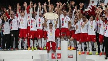 """Букмекеры считают """"Зальцбург"""" фаворитом в борьбе за титул чемпиона Австрии"""