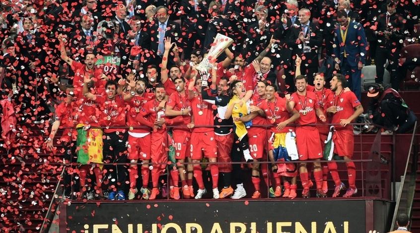 """""""Севилья"""" стала первым клубом, кому удалось выиграть Лигу Европы четыре раза"""