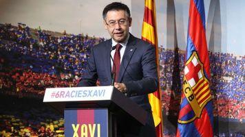 "Хосеп Мария Бартомеу: ""Верю, однажды Хави возглавит ""Барселону"""