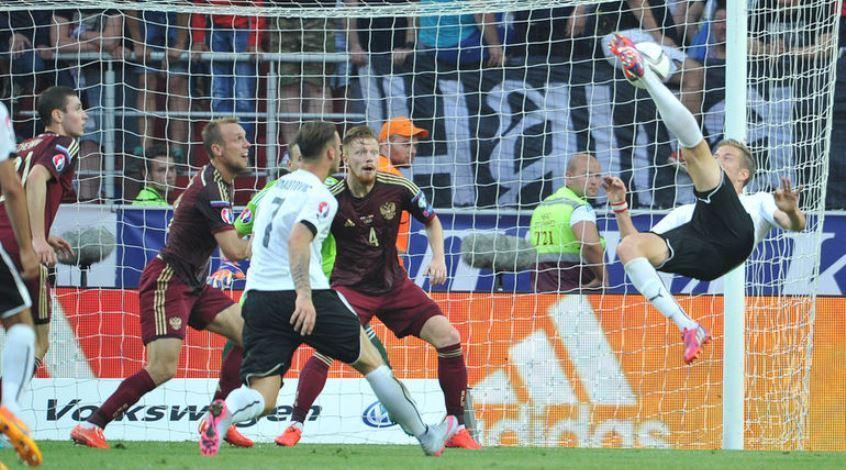 Россия – Австрия 0:1. А мимо пролетают поезда...