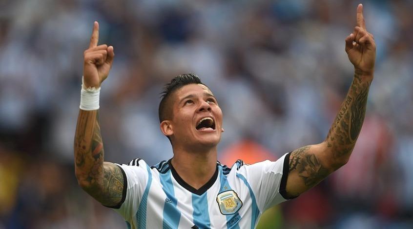 Аргентинский комментатор не сдержал эмоций после гола Рохо в ворота Нигерии (Видео)