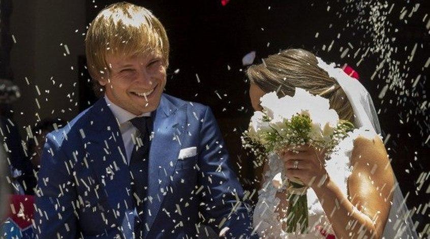Как и где отгуляли свадьбы футболисты. Часть 1