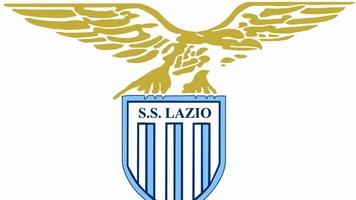 """Полиция Рима идентифицировала 13 фанатов """"Лацио"""" и запретила им посещать стадионы Италии"""