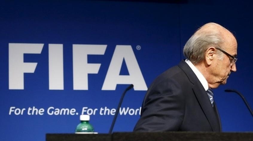 """Йозеф Блаттер: """"Катар принимает ЧМ-2022, потому что Саркози давил на Платини"""""""