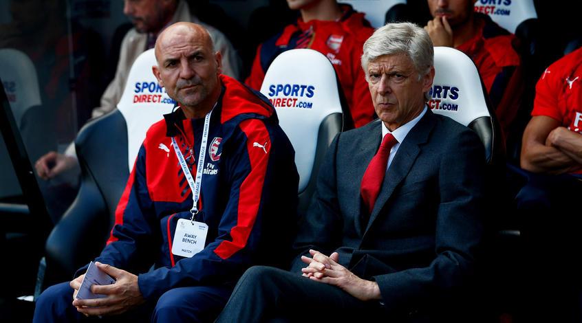 Венгер назвал скандальным решение рефери назначить пенальти вворота Арсенала