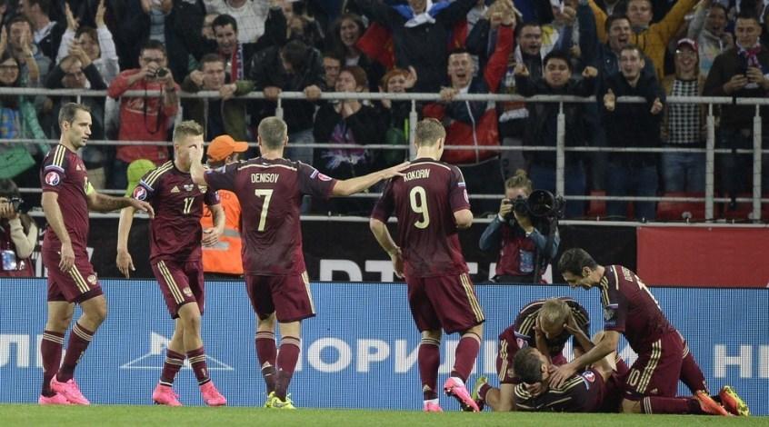 Отбор к Евро-2016. Россия - Швеция 1:0. Слуцкий начал с победы