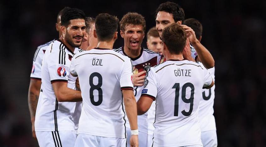 Албания впервые пробилась на Евро, Германия, Польша и Румыния тоже едут во Францию