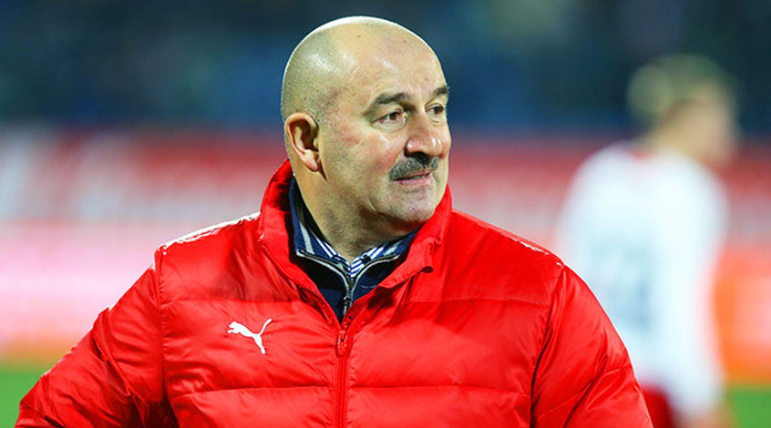 В официальной программке к матчу Швеция - Россия перепутали Черчесова с Яном Козаком