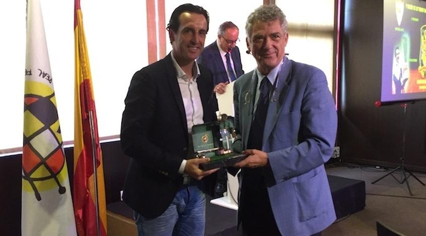 Эмери наградили призом лучшего тренера Испании прошлого сезона