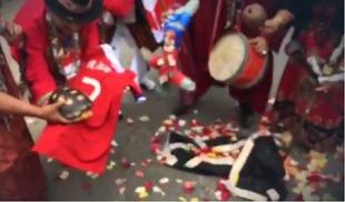 Болельщики сборной Перу пытались проклясть Алексиса Санчеса с помощью черепахи