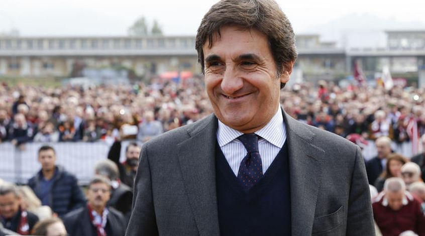 """Президент """"Торино"""": """"Не буду говорить, что хотят отправить """"Милан"""" в Европу вместо нас, но посмотрите на судейство"""""""