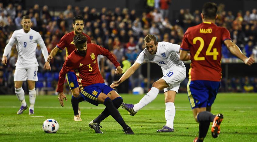 Испания - Англия 2:0. Не нарушая традиций