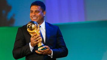 """Роналдо: """"Сборной Бразилии удалось избежать позора"""""""